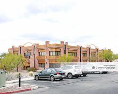 8950 North Oracle Road - Tucson