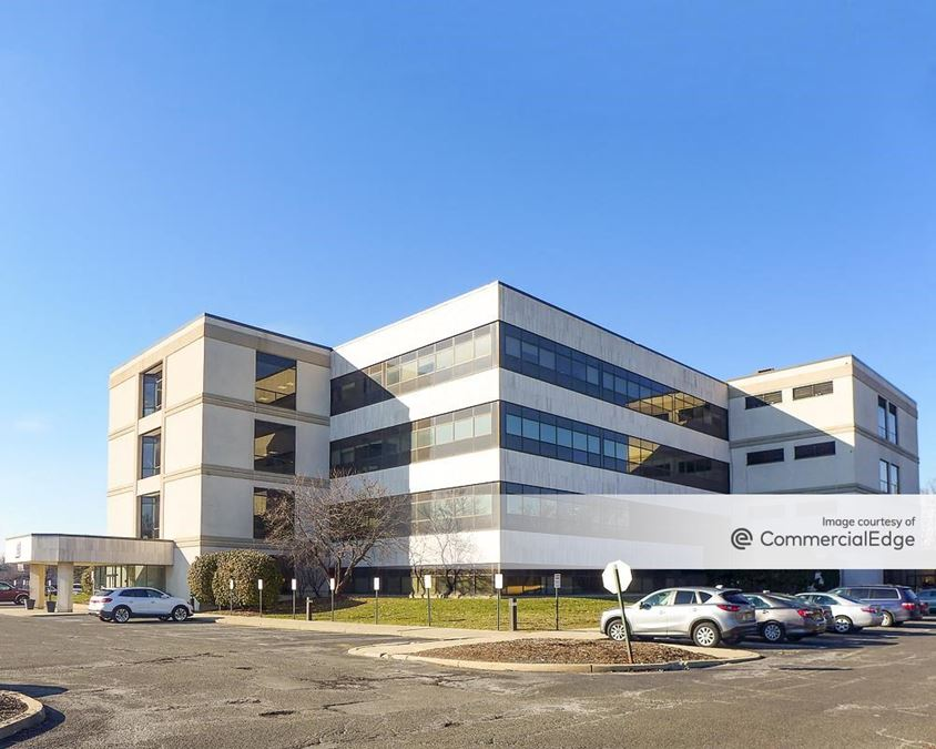 15 Corporate Place South