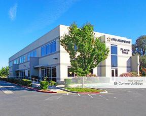 Elk Grove Corporate Center