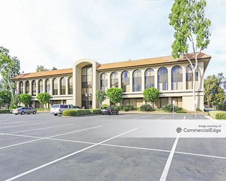 Town Center Plaza - 515 & 525 Cabrillo Park Drive - Santa Ana