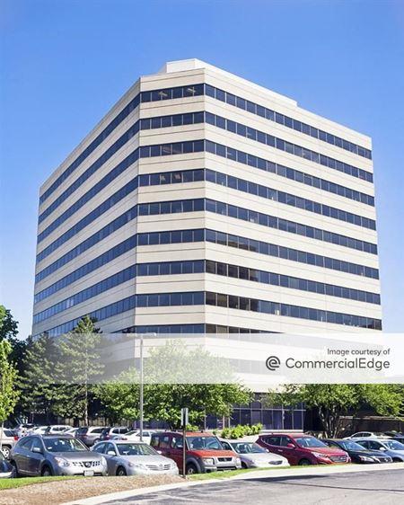 U.S. Cellular Plaza - 8430 West Bryn Mawr Avenue - Chicago