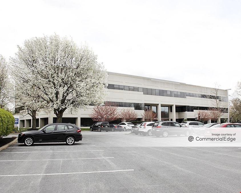 Freedom Business Center