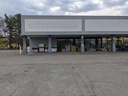5,000 SF Retail Enfield CT - Enfield
