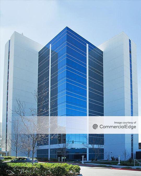 Qualcomm Pacific Center Campus - AQ Building