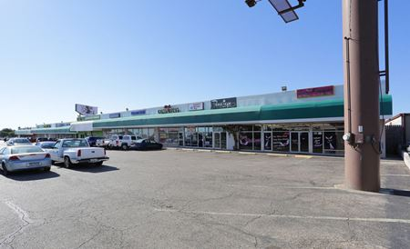 North New Road Retail Center - Waco