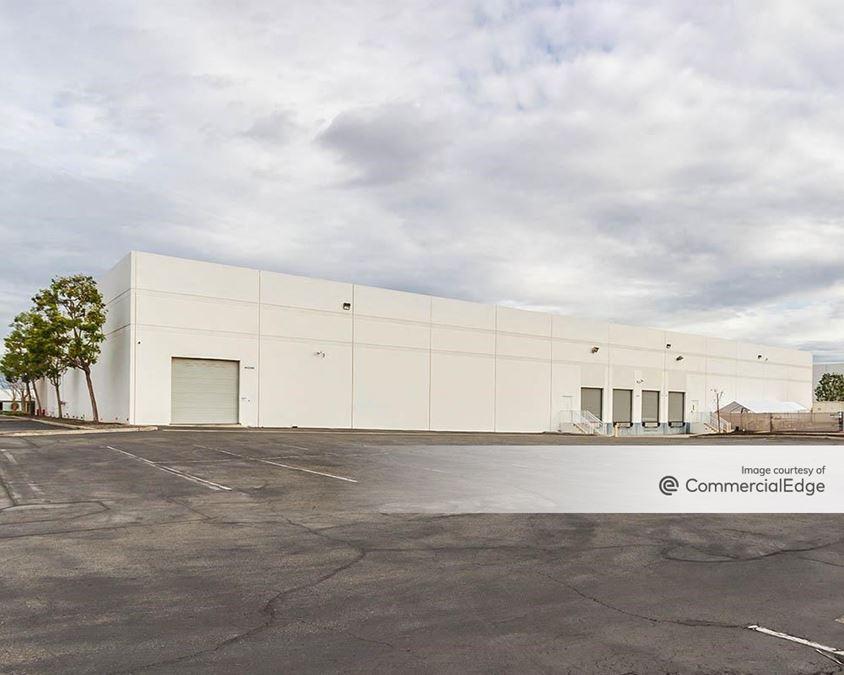 Los Alamitos Corporate Center - 4422 & 4462 Corporate Center Drive