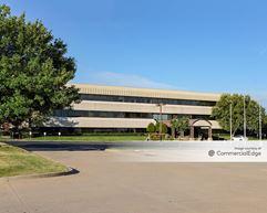 Warren Clinic - Interchange Plaza - Tulsa