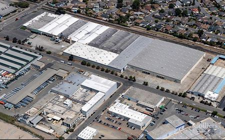 LIGHT INDUSTRIAL SPACE FOR LEASE - San Lorenzo