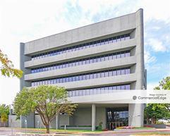 The Parkway Building - Oklahoma City
