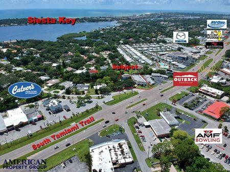 Coral Cove Plaza - Sarasota