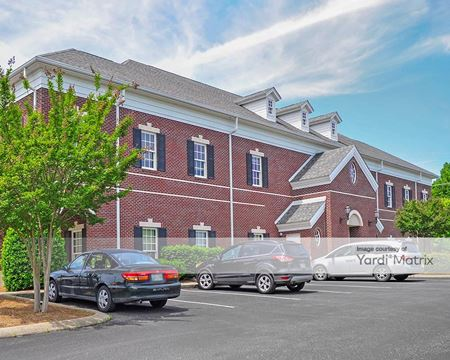100 Country Club Dr. - Hendersonville