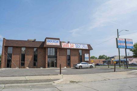 6501 Greenfield Rd - Detroit