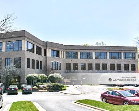 Mendenhall Oaks Business Park - Lakeside I - High Point