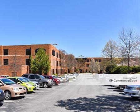 Mendenhall Oaks Business Park - Aetna Building - High Point