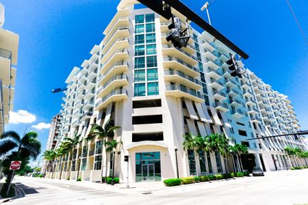 Hollywood Station Condo for Sale - Hollywood