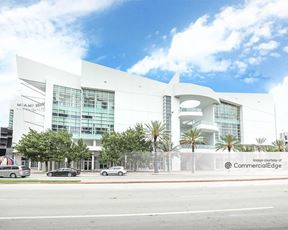 Fifth & Alton - Miami Beach