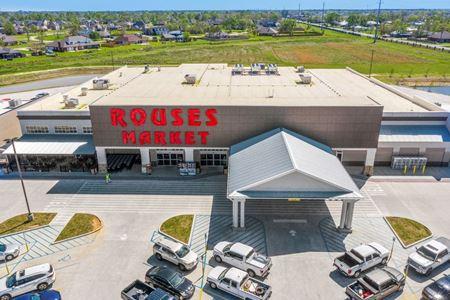 HR Crossing   Grocery-Anchored Development - Lake Charles