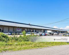 1044 Avondale Road - Hendersonville