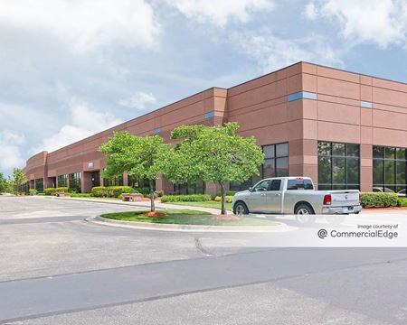 Pine Ridge West Business Park - Buildings 12, 18, 19 & 28 - Lenexa