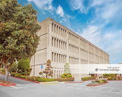 Davies Campus - 45 Castro MOB - San Francisco