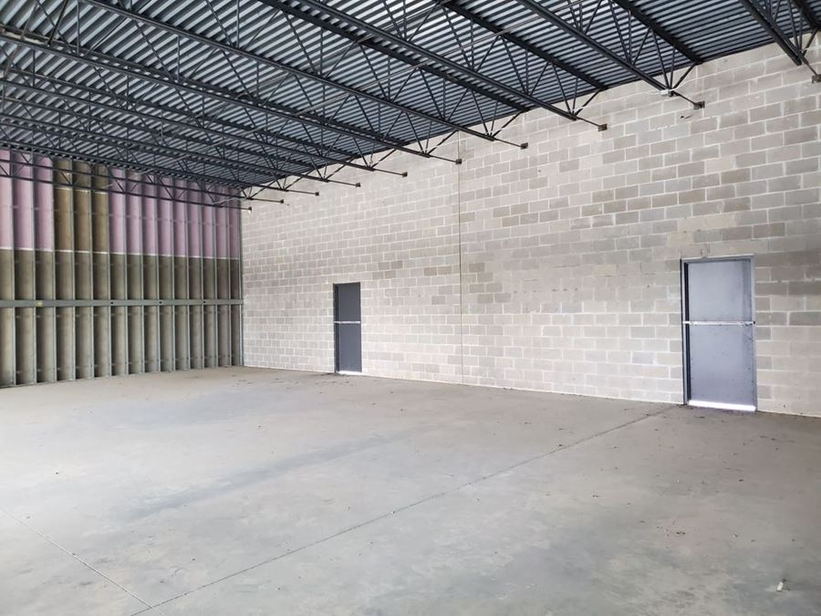 3,550 square feet available for lease on busy Grant Rd and Cypress Rosehill.