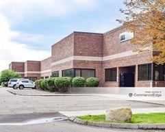 Madison Tech Center - Madison Heights