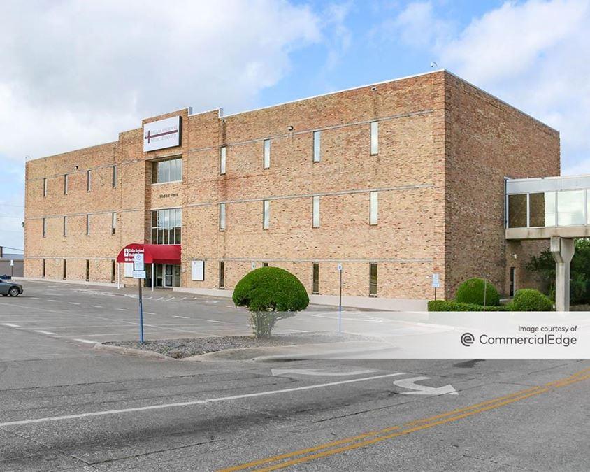 Dallas Regional Medical Center - 901 & 929 North Galloway Avenue