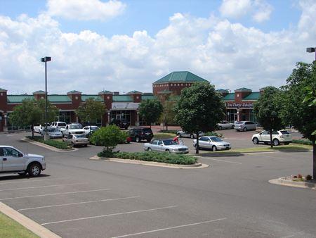 RIVERWALK PLAZA - PAD SITE - Oklahoma City