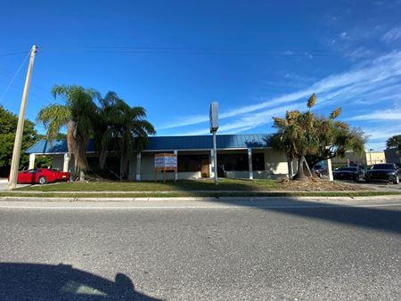 Corner Location in Gulf Gate - Sarasota