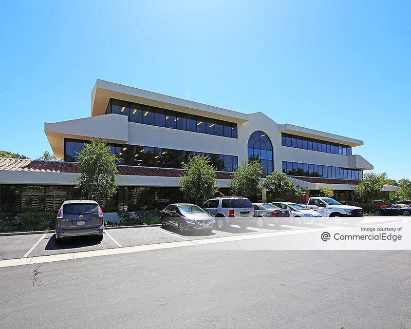 North Ranch Corporate Center - 4580 East Thousand Oaks Blvd