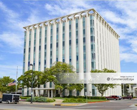 R.H. Garvey Building - Wichita