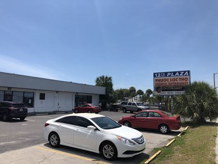 12th St Plaza - Sarasota
