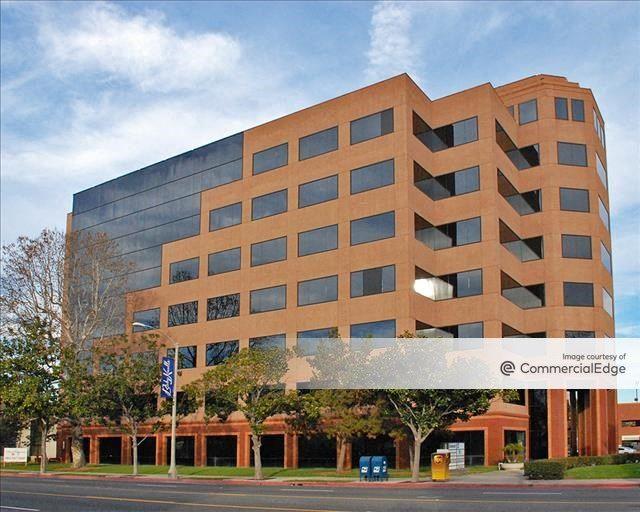 Long Beach Corporate Center
