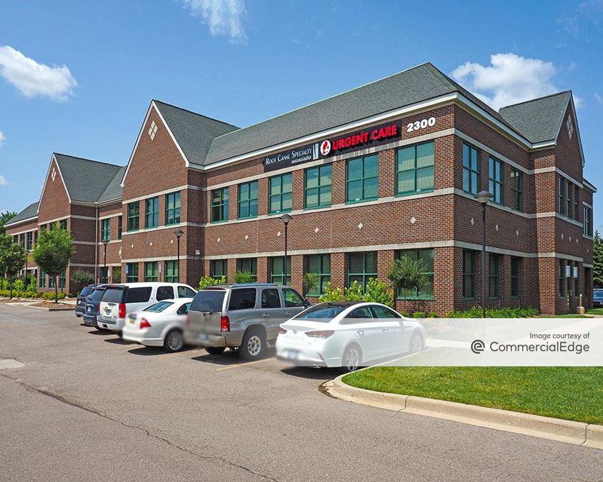 Cross Pointe Building