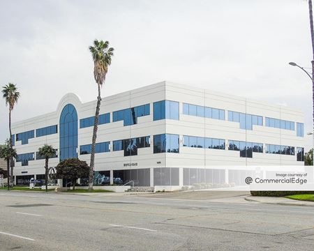 Central Corporate Center - Riverside