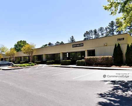 Airpark West - 7815, 7817 & 7819 National Service Road - Greensboro