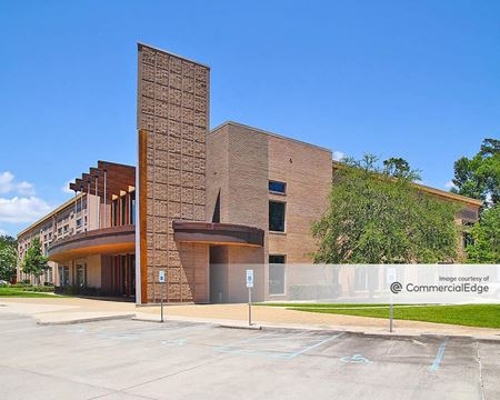 FARA Insurance Building - Mandeville