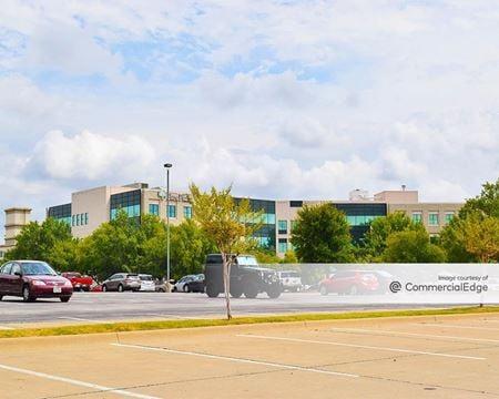 Parc Plaza Medical Office Building - Bedford