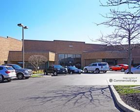 Gateway Business Park - 124 Gaither Drive - Mount Laurel