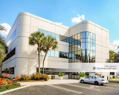 Senate Square - 14361 Commerce Way - Miami Lakes