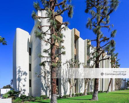 La Palma Medical Buildings - La Palma