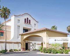 La Loma Medical Plaza - Litchfield Park
