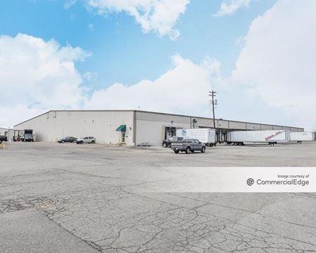Blue Ash Distribution Center - Buildings 4-7 - Blue Ash