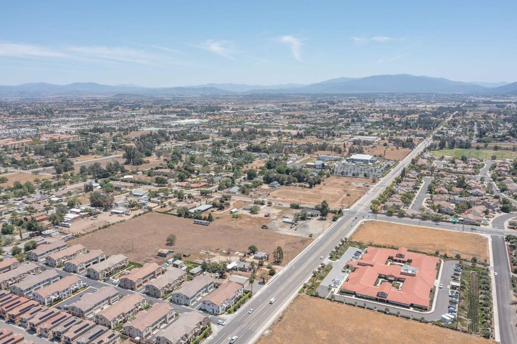 SOCAL COMMERCIAL 5.34 AC - Desirable, Fast Growing Murrieta