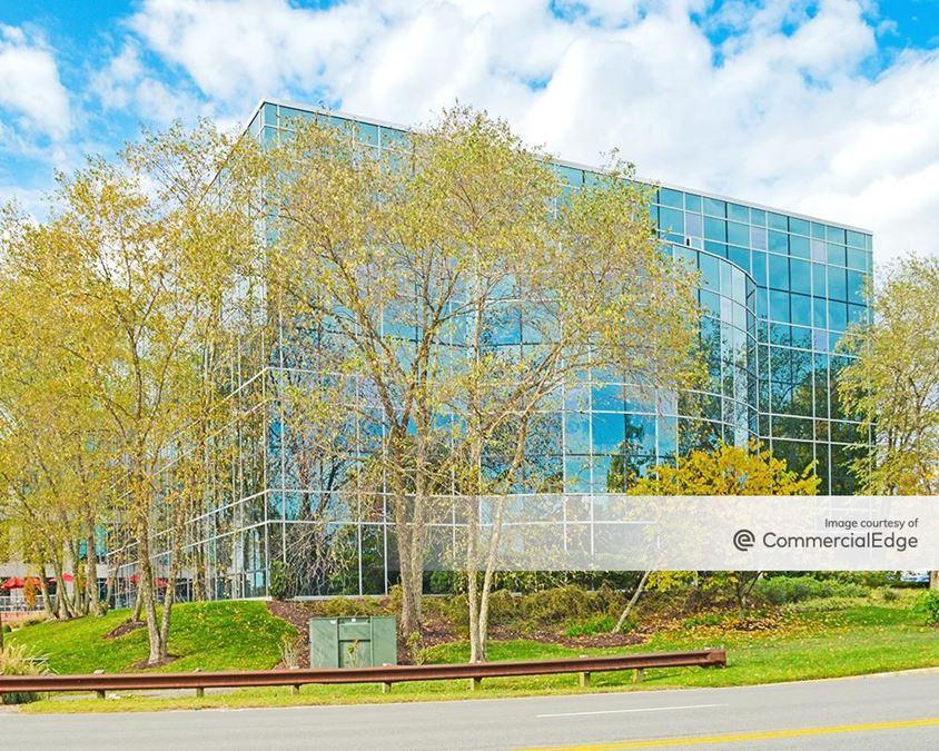 Innsbrook Corporate Center - Markel Plaza