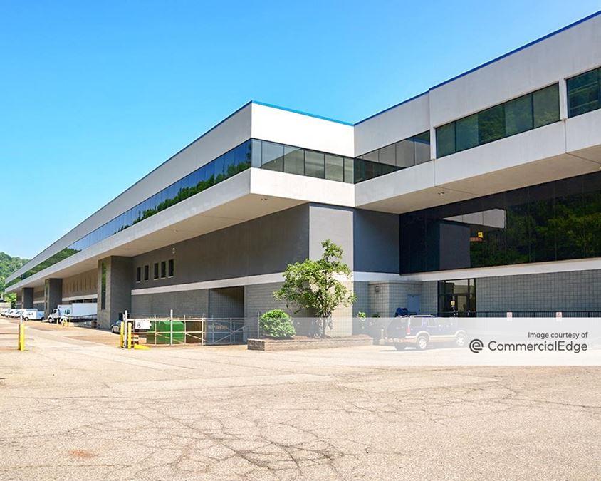 Gateway View Plaza