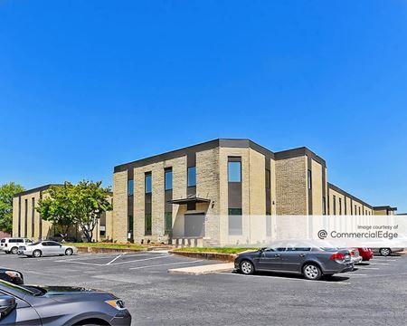 North Point Executive Suites - 8025 North Point Blvd - Winston-Salem