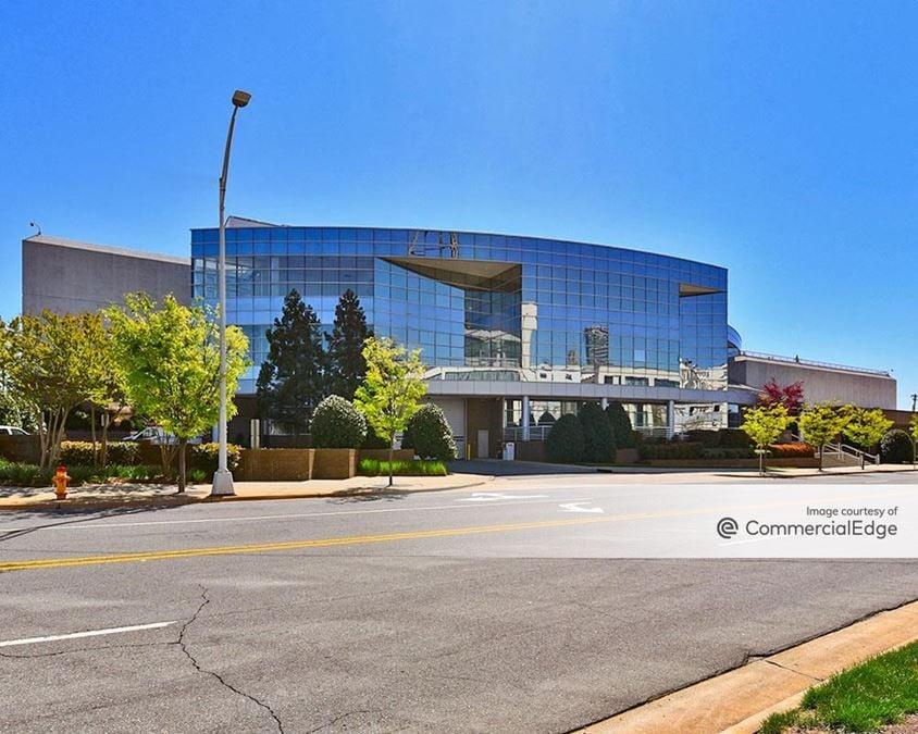 Wake Forest Innovation Quarter - Wells Fargo Linden Center