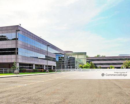 Hertz Corporation Headquarters - Park Ridge