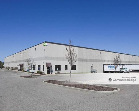 SouthPark Distribution Center - Hebron